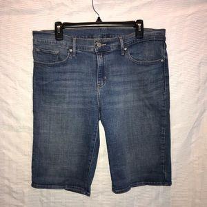 Levi's blue jean men's stretch shorts size 32